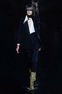 Saint Laurent 2019年春夏高级成衣-巴黎